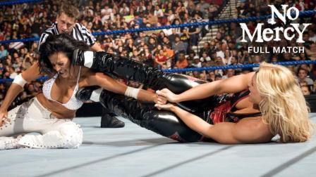 【毫不留情大赛 2008】凤凰女控制住女神坎迪斯的双臂 送上颜面粉碎摔