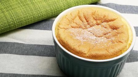 10克面粉就能做三杯蛋糕, 舒芙蕾的蓬松程度还真不简单