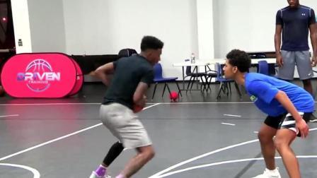 美国青少年篮球1V1斗牛, 全程肉搏+精湛球技, 跪着看完了