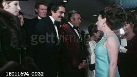 珍贵老视频: 1969年英国玛格丽特公主会见演员奥马尔·沙里夫