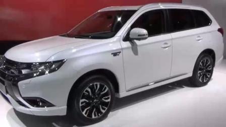 新上市的这款三菱汽车, 车内设施豪华发动机还省油, 价格还便宜