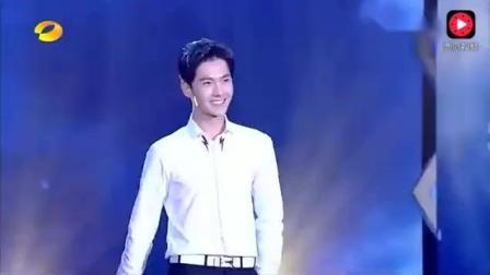 杨洋、陈伟霆、吴亦凡、张翰同台走秀, 你更喜欢谁?