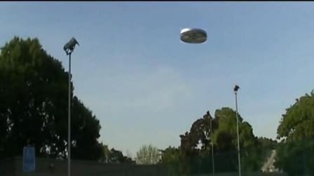 """用超低价摄像机拍到超清晰""""UFO""""!"""