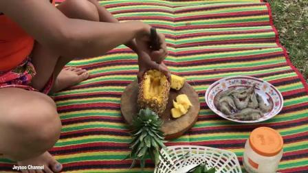 柬埔寨农村美女是做饭能手, 即使工具不称手, 也能做出美味, 高手在民间