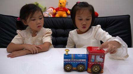 hello kitty的火车造型铁盒 凯蒂喵的方块酥 盒子还可以当成火车玩具