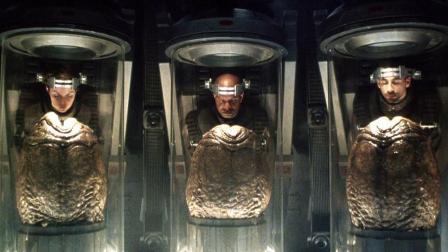 6分钟看完科幻恐怖片《异形4》科学家成功培育异形与人类的结合体!