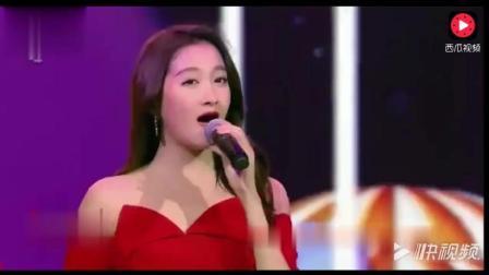《想把我唱给你听》关晓彤与王嘉深情演唱, 再现金童玉女