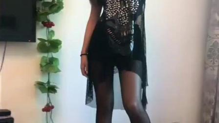 黑裙美女居家自娱自乐, 性感迷人