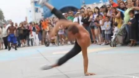 高手在民间, 这是我看过最棒的街头表演, 一个字服