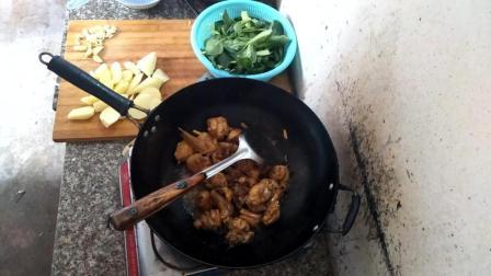 土豆炖鸡肉 安徽土豆炖鸡肉的做法