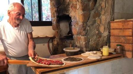 80多岁的老人, 一辈子只烤披萨, 烤出的披萨, 全黎巴嫩最好吃