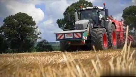 用这拖拉机来犁田, 农民伯伯一小时就能完成一天的工作