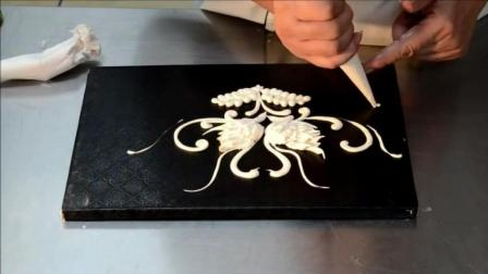 爱情鸟奶油霜裱花设计(裱花边手法)