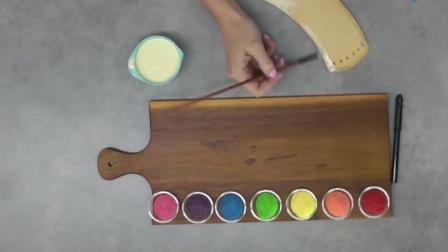 牛人制作彩虹糖蛋糕! 这创意一般人都想不出来吧