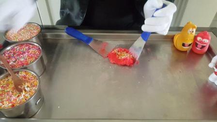 五彩碎碎糖草莓冰淇淋卷爆笑虫子趣味食玩