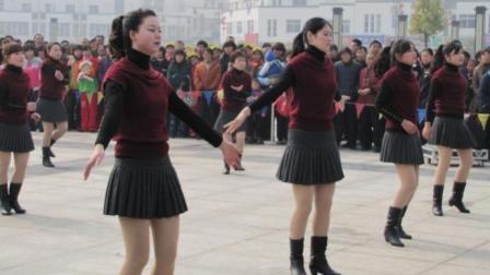 """""""爱情恰恰""""广场舞恰恰对跳, 舞步共48步, 4组动作完成"""