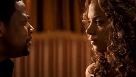 黑人演员因与成龙搭档被中国人所熟知, 这嘴皮子太会讨女人喜欢了