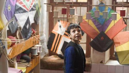 「追风筝的人」在冷漠世界寻找自我的少年 最终勇敢面对懦弱