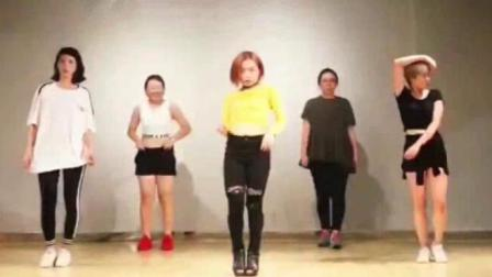 美女跳舞, 50秒处短发女生姿势真销魂!