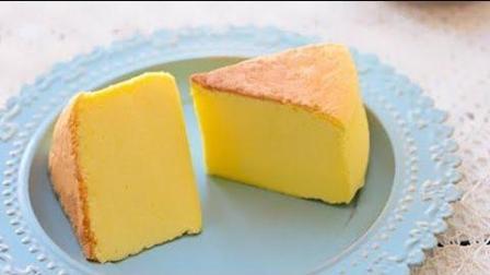 【轻乳酪蛋糕】入口即化, 放入冰箱冷藏4小时以后食用最佳。
