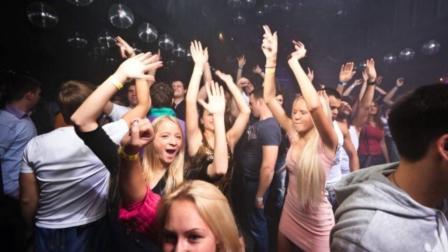 欧美酒吧最受欢迎的3首电音, 不用喝酒都能把人听醉