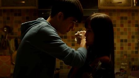 几分钟看完改编自小说的爱情电影《秘果》, 一段关于的青春故事!