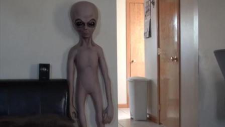 麻麻! 家里有外星人啊啊啊啊啊啊啊啊!