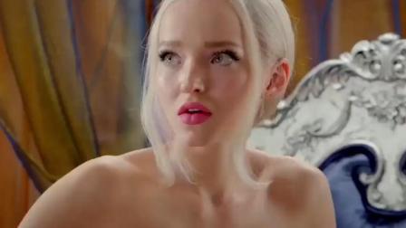 如果你有一个长得神似芭比娃娃的美女作为女朋