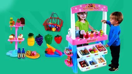玩具学堂 2017 小猪佩奇和乔治弟弟去冰淇淋甜品店用餐 611