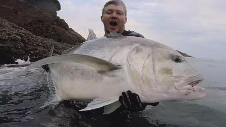 全球钓鱼精华 钓钓鱼 听听歌 - 恐怖的房子