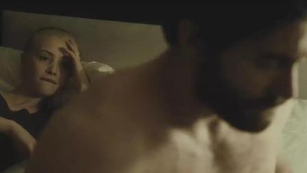 一部深度剖析男女欲望的电影, 时时刻刻透露着诱惑, 看的欲罢不能