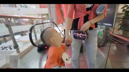 妈妈苦不堪言: 3岁孩子一不如意脾气就爆发, 甚至把尿拉裤子上