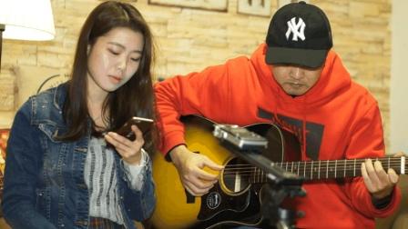 【Kevin出品】女生唱不一样的感觉 吉他弹唱 当你老了(kevin、邓老师)