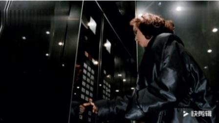 周星驰爆笑无厘头, 坐电梯竟然还能挂档加速踩油门, 经典的片段