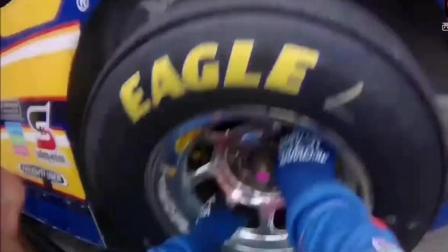 除了F1赛车场, 你肯定见不到这么快的换轮胎速度, 这是有多快呢