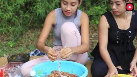 柬埔寨性感美女在野外自制农村烤香肠, 看着好过