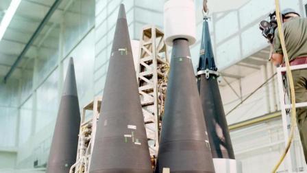 飞出大气层之后在返回来, 美军30多年前的洲际导弹就这么厉害?