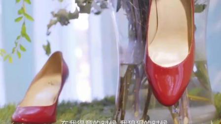 穿PRADA的女王, 36岁回国做的高跟鞋连杨幂、周迅都穿上了!