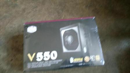 【陈道煌】酷冷至尊 额定550W V550游戏电源开箱