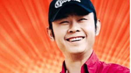 刀郎的现场演唱一首经典的歌曲, 唱哭那英, 震撼刘欢, 不愧为实力派!