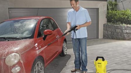 风靡全球的洗车神器, 不伤车漆, 一桶水就能把车冲干净