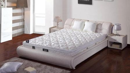睡觉是硬床好还是软床好? 很多人都不知道怎么挑一张合适的床