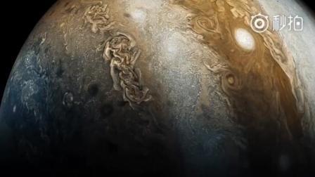 朱诺号航天器飞掠木星拍摄的木星表面