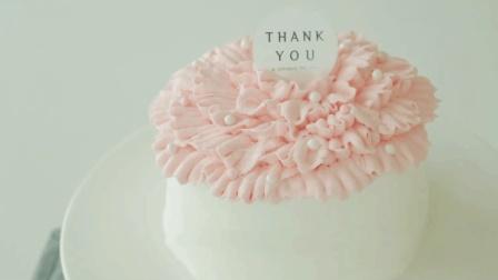 韩剧里常出现的简约款女神蛋糕, 整个制作过程都相当唯美