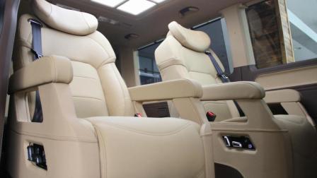 七座车型商务MPV大众进口凯路威多功能旅行车 北京华日菱