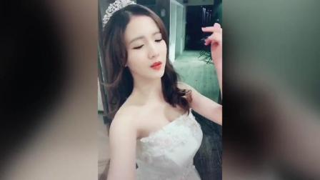美女妥妥的公主风秒变女王范, 有料