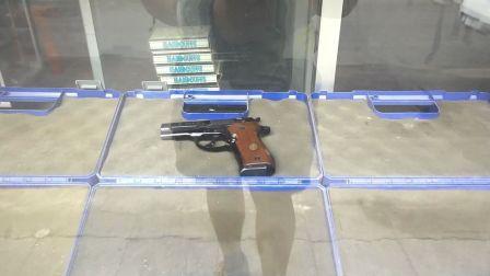 东南亚老街区的枪支古董店 935