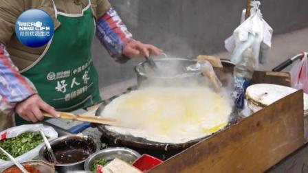 街头早餐——煎饼果子, 你的早饭估计要被它承包了!