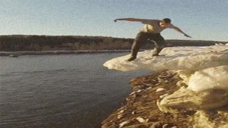 当峭壁上踩冰的二货遇上魔性BGM, 心中有曲果然到哪都嗨