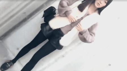 驼色貂绒毛衣人造毛马甲搭配超短裙丝袜, 魅力女人冬天标配